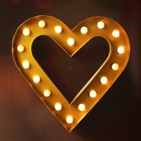 BRIGHT ZEAL Romantic Heart Marquee Sign (Golden, Timer)